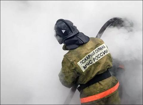Пассажирский автобус полностью сгорел в Оренбурге