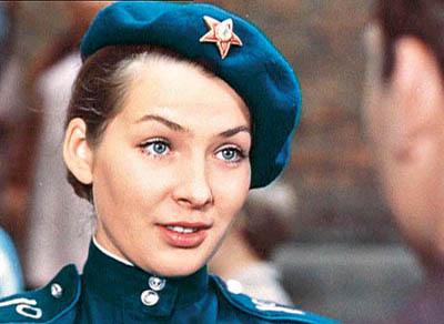 Как менялась девушка Володи Шарапова Варвара (актриса Наталья Данилова) с течением времени