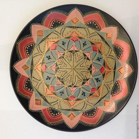 Роспись тарелки в технике Point-to-point