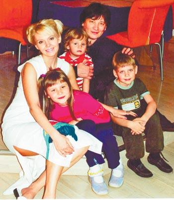 Дети Валерии впервые заговорили о насилии отца