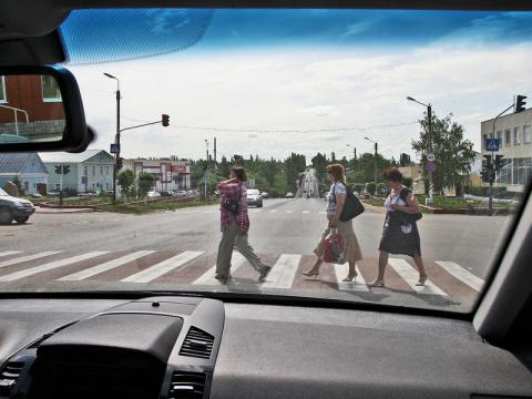пешеходы и водители — партнеры или враги?