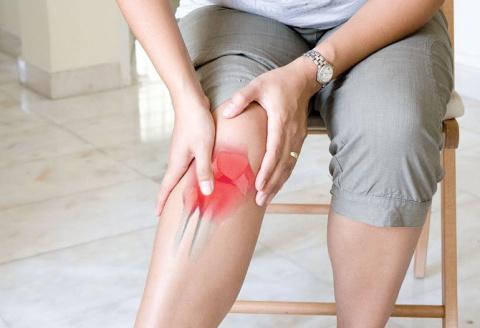 Простые и эффективные народные способы лечения коленных суставов
