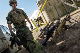 Датские солдаты НАТО удержат…