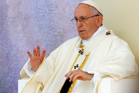 Папа Римский вызвал украинского посла из-за «церковных законов»