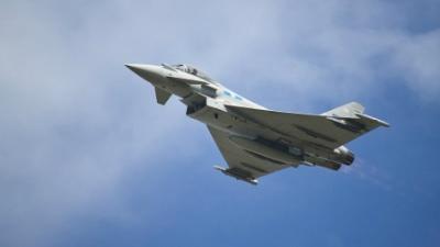 Истребители НАТО сопровождал…