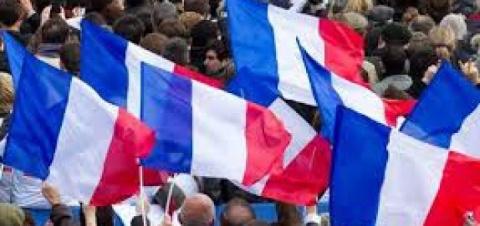 Министерство внутренних дел Франции: явка на выборах президента Франции составляет 69,42%