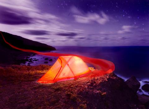 Красная палатка.