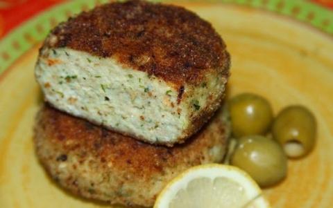 Рыбные котлеты с сыром и имбирем