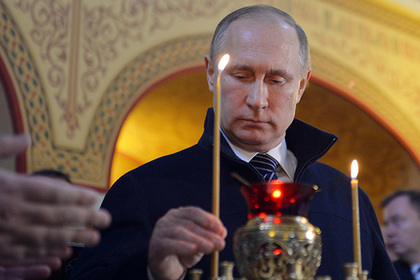 Путин приложился к мощам Ник…
