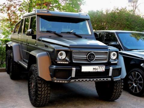 Шестиколесные Mercedes-Benz …