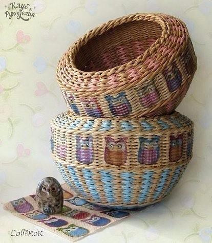 Многоцветное плетение корзин…