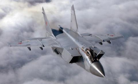 Самый быстрый высотный перехватчик: МиГ-31БМ поступил на вооружение войск ЦВО