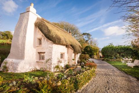 Этот дом построен 350 лет назад, но сложно сдержать восторг, оказавшись внутри
