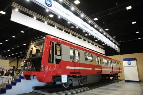 Новый вагон метро для Петербурга