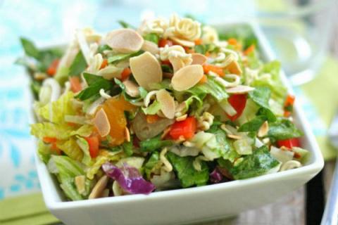 Шопский китайский салат