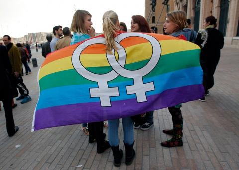 Грузия готовится к однополым бракам