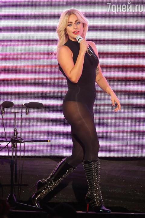 Леди Гага не стесняется демо…
