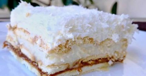 Нежный кокосовый десерт: тор…