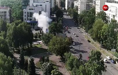 Взрыв машины с офицером украинской разведки попал на видео