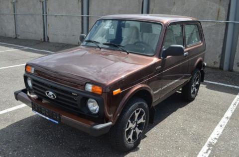 Уникальная Lada 4×4 с кожаны…