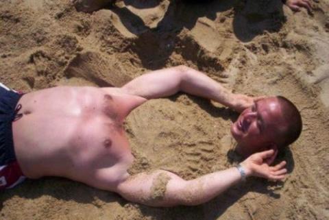 Пляжные будни в прикольных к…