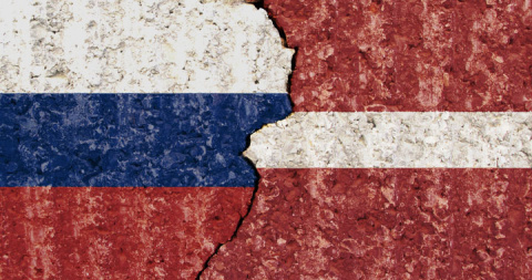 Латвия решила поднять экономику за счет русского языка