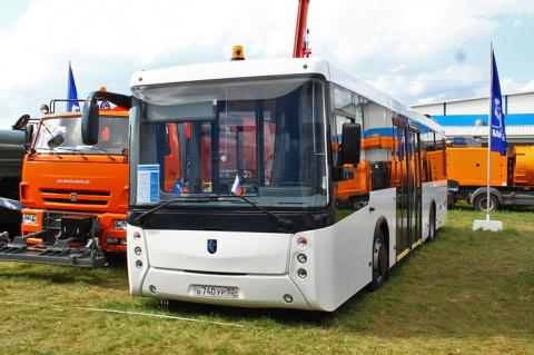 Новый перронный автобус НЕФАЗ