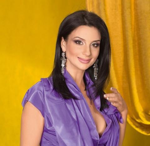 Телеведущая Екатерина Стриженова шокировала морщинами на лице