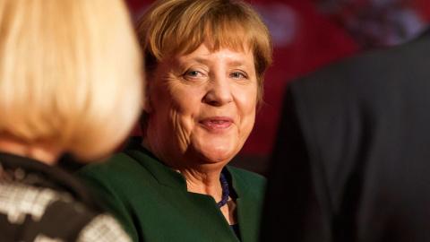 Меркель вспомнила о российск…