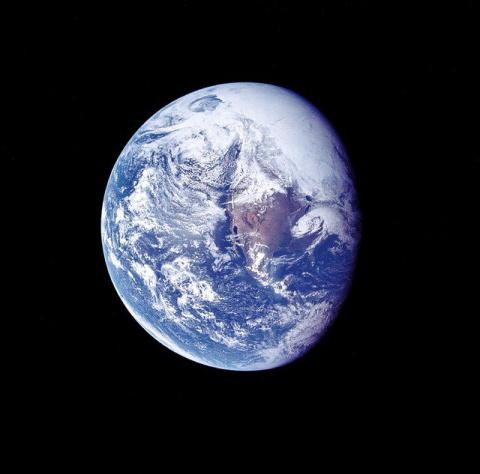 Озоновая дыра над Антарктикой постепенно закрывается