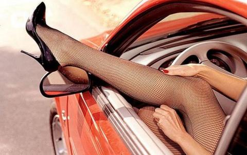 Позы для занятий сексом в автомобиле