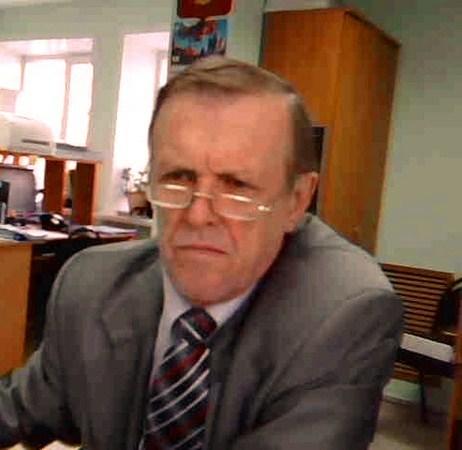 Юрий анин