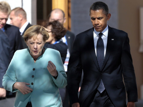 Киев в шоке: Меркель и Обама злобно смотрят на Украину