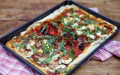 Пицца с тремя начинками