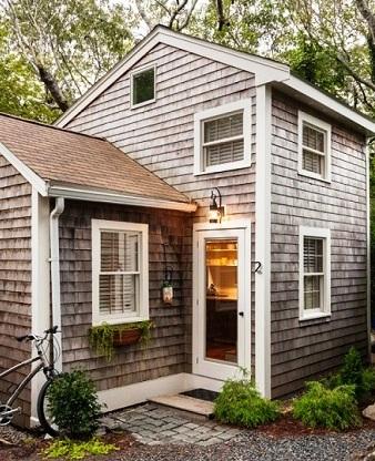 Отличный вариант для дачи: домик с практичной планировкой и площадью всего 35 кв. метров