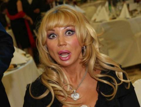 Новая внешность Маши Распутиной поставила на уши всю Сеть. Вы только посмотрите, что с ней случилось