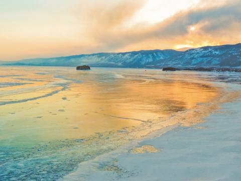 Фотограф, очарованный красотой озера Байкал