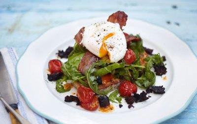Сытный салат на завтрак