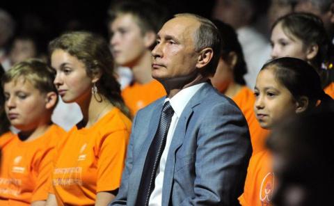 Путин признался в любви к кл…