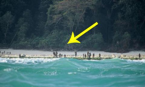 Жители этого острова никого …