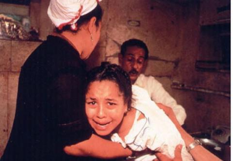 Гуманный и просвещенный Запад: британским женщинам вырезали клитор за попытку уйти от мужа