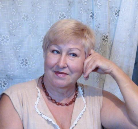 Нина Дозморова (Коренева)
