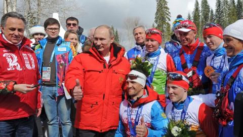 Зачем Путин отпустил спортсм…