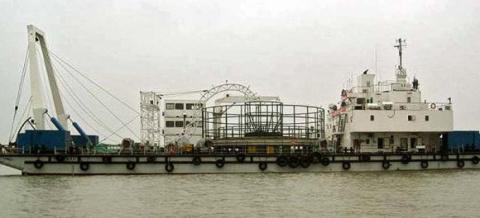Китайцы рвут энергетическую блокаду Крыма. Украина протестует