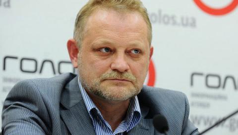 Украинцам удобно зарабатывать в Польше и РФ — эксперт