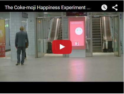 Интерактивный билборд Coca-Cola научился копировать эмоции прохожих