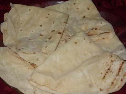 Армянский тонкий лаваш на сковороде