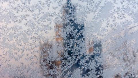 Зима в России и на Украине б…