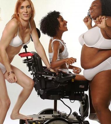 """Разные и настоящие: бесстрашный проект, призывающий не игнорировать женщин """"немодельной"""" внешности"""