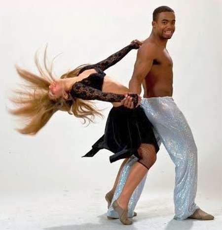 Песня + танец. Как «Ламбада» покорила мир